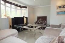 Apartment in MILBOURNE LANE, Esher...