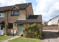 2 bedroom End of Terrace house for sale in Bramley Close...
