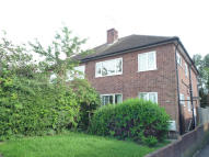 Maisonette to rent in rayleigh road, Shenfield