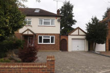 3 bedroom semi detached property to rent in marks close, Ingatestone