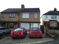 3 bed semi detached house to rent in KAVANAGHS ROAD, Brentwood