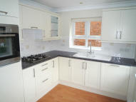 Maisonette to rent in PRIESTS LANE, Shenfield
