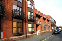 Town House to rent in Kings Court - Jewellery...