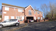 2 bedroom Apartment in East Avenue, Tividale...
