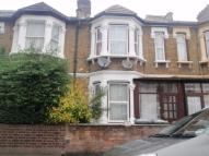 1 bedroom Flat to rent in Kempton Road, East Ham...