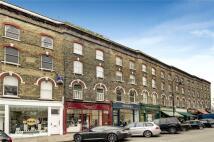 Maisonette for sale in Regents Park Road...