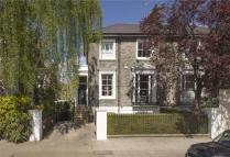 4 bed semi detached home in Clifton Hill...