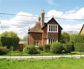 2 bedroom Detached house to rent in Bignor Park...