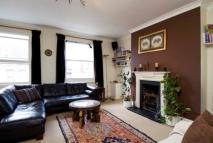 Flat to rent in Greyhound Road, London