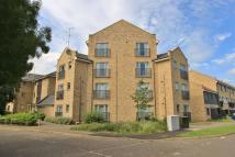 Apartment in Alice Bell Close...