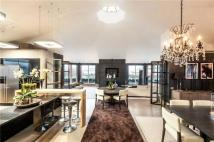 4 bedroom Flat for sale in Benham House...