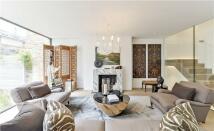 3 bed new property in Seymour Walk, London...