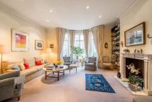5 bed house in Gilston Road, London...