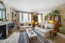 Maisonette for sale in Westgate Terrace, London...