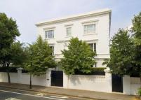 Detached home in Gilston Road, London...