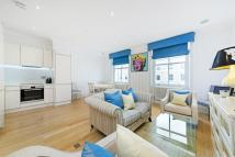 Flat to rent in Cathcart Road, London...
