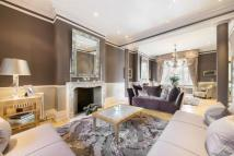 6 bedroom Character Property to rent in Carlyle Square, London...