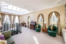 2 bed Mews to rent in Coleherne Mews, Chelsea...