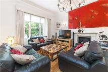 2 bedroom Flat to rent in Onslow Square, London...
