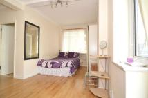 Flat to rent in Euston Road, London