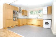 Flat to rent in Savernake Road, London