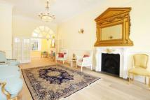 Ormonde Terrace Flat to rent