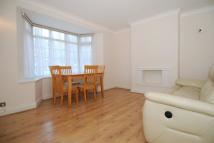 2 bedroom Flat in Ballards Lane, London