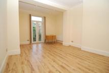 Flat to rent in Croftdown Road, London