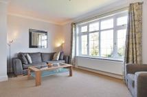 4 bed Detached house to rent in Duchy Road, Barnet