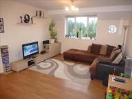 2 bedroom Flat to rent in Colney Hatch Lane, London