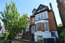 2 bed Flat in Woodland Gardens, London