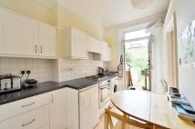 Flat to rent in Mercers Road, London