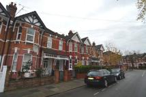 2 bed Flat to rent in Newton Road, Cricklewood