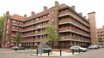 3 bed Flat to rent in Milstead House...
