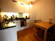 1 bedroom Flat to rent in Queensbridge Road...