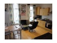 Flat to rent in Caledonian Road, London...