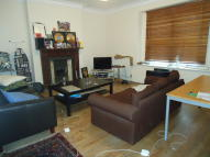 Ground Flat to rent in Cardozo Road, London, N7