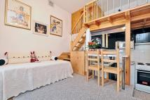 Studio apartment in Berrylands Road Surbiton...