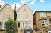 3 bed Maisonette in Gibbon Road Kingston...