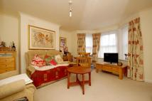 Flat to rent in King Charles Road...