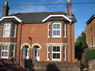 3 bed semi detached house to rent in Alma Road, Romsey
