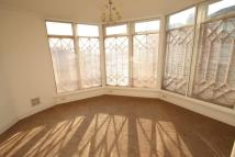 Apartment to rent in Creek Road, East Molesey