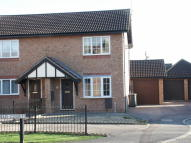 2 bed semi detached house in Mansfield Court...