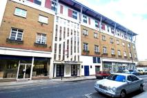Flat to rent in Albany Court, Aldgate