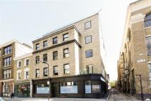 2 bedroom Flat in Chamberlain House...