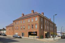 Flat to rent in Elderberry Court...