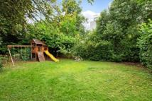 Flat to rent in Fitzjohns Avenue, London...