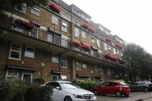 Flat to rent in Riverside Mansions...