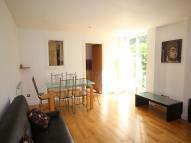 2 bed Flat in Barrier Point...