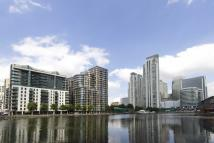Flat in Millharbour, South Quay